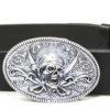 """Cintura realizzata in vero cuoio di Toro interamente Made in Italy, con Fibbia in lega di zama argentata con decorazione """"teschio pirati""""."""